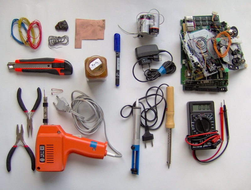 Original source: https://upload.wikimedia.org/wikipedia/commons/thumb/6/6c/Electronics_tools_and_material.jpg/1280px-Electronics_tools_and_material.jpg