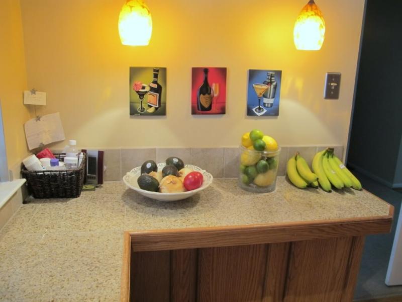 Original source: http://www.seeyourinterest.com/wp-content/uploads/2013/04/kitchen-photos.jpg