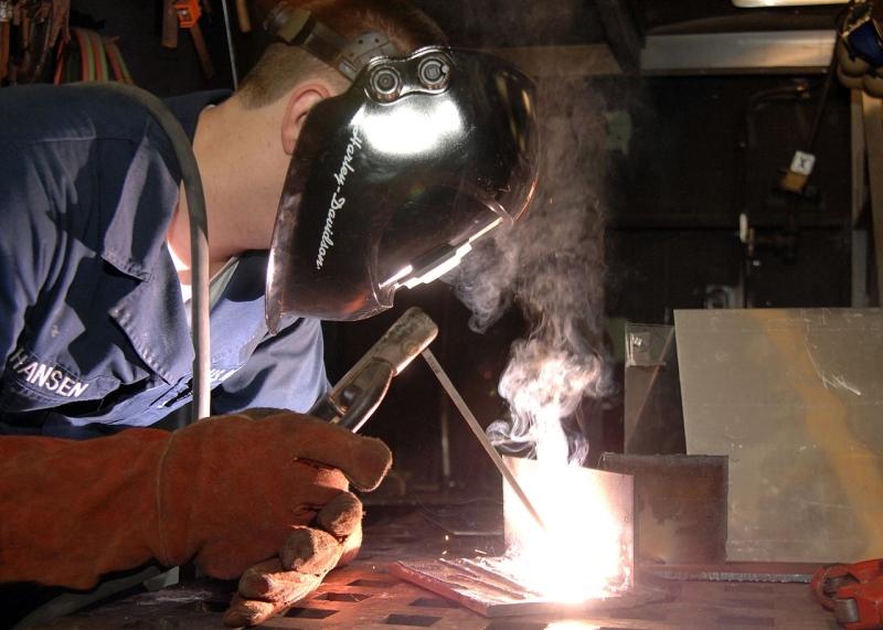 Original source: https://upload.wikimedia.org/wikipedia/commons/thumb/f/f2/US_Navy_090114-N-9704L-004_Hull_Technician_Fireman_John_Hansen_lays_beads_for_welding_qualifications.jpg/1280px-US_Navy_090114-N-9704L-004_Hull_Technician_Fireman_John_Hansen_lays_beads_for_welding