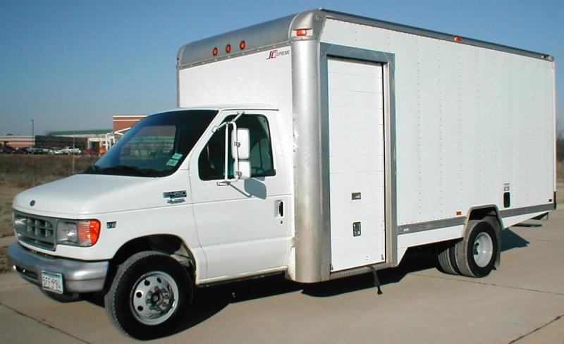 Original source: http://www.truckfindersinc.com/Step&CargoVans,Pickups/2000FordE45016'ParcelDeliveryVan(P2445)/2000FordE45016'ParcelDeliveryVan(P2445),leftfront(4).JPG
