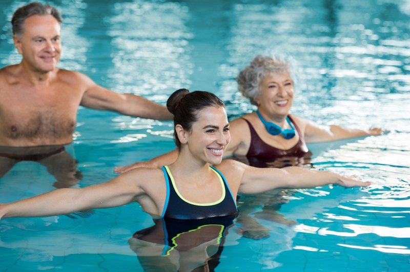 Original source: https://www.dupageswimmingcenter.com/wp-content/uploads/2017/07/Water-exercises-for-seniors.jpg
