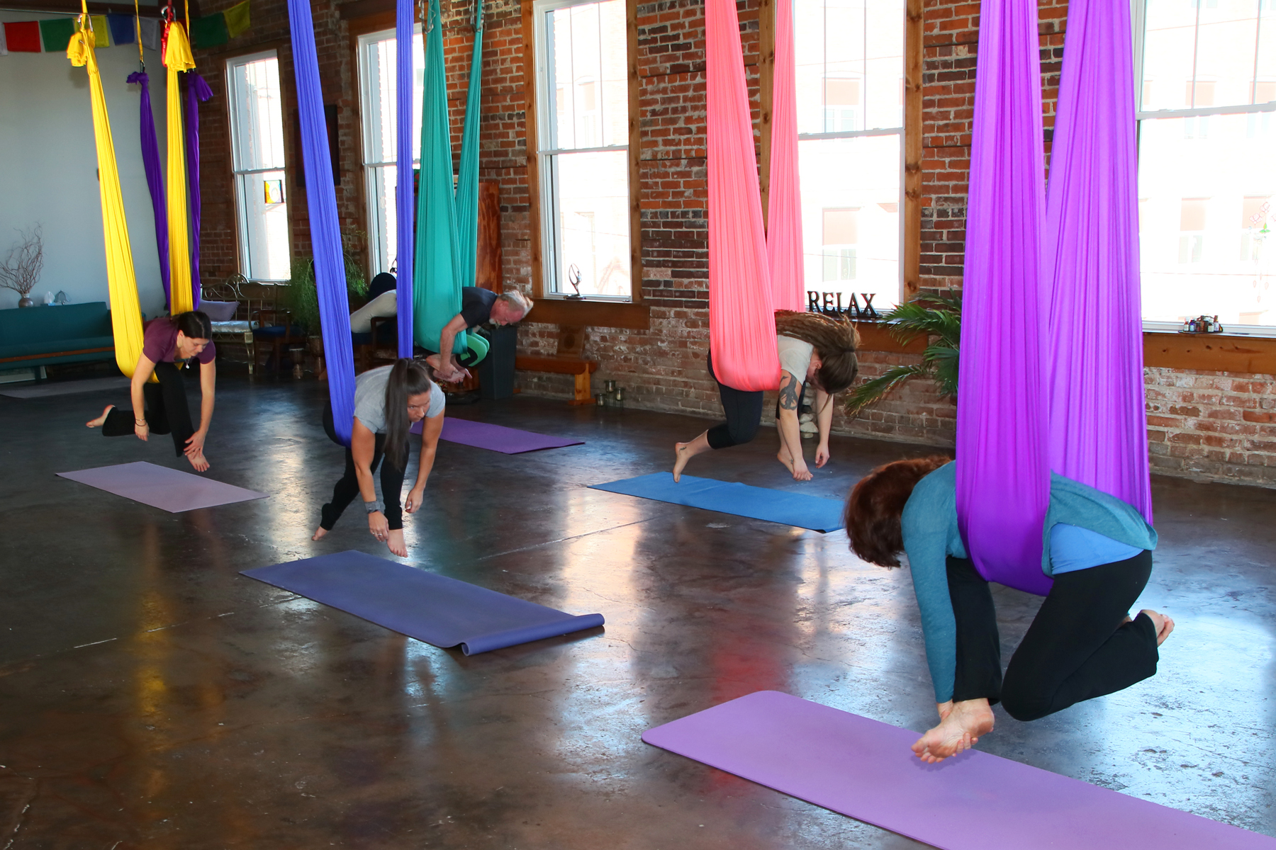 Thursday AM Aerial Yoga (DSY)