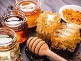 706F19 The Secret Life Of Honey