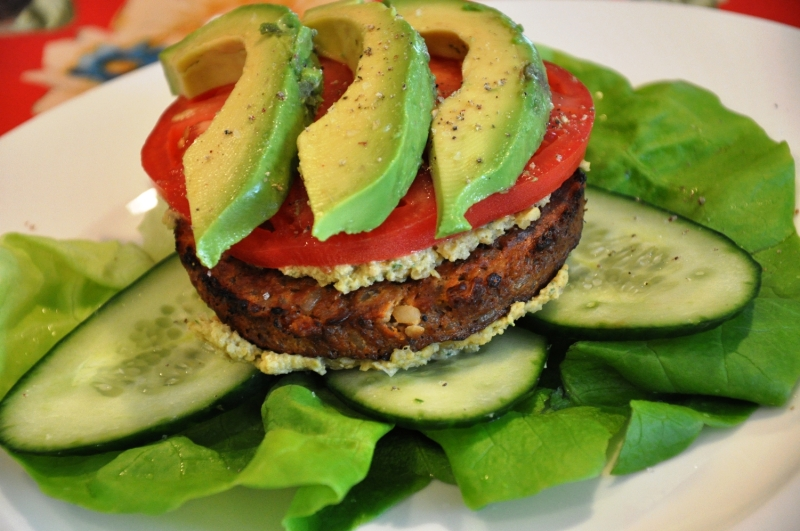 Original source: http://realhealthyrecipes.com/wp-content/uploads/2010/02/Veggie-Lettuce-Burger.jpg