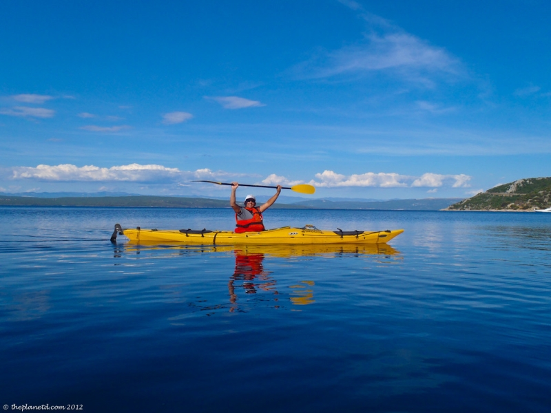 Original source: http://travelphotos.picturetheplanet.com/Europe/Croatia/i-zQPWJn4/0/XL/Croatia-Sea-kayaking-20-XL.jpg