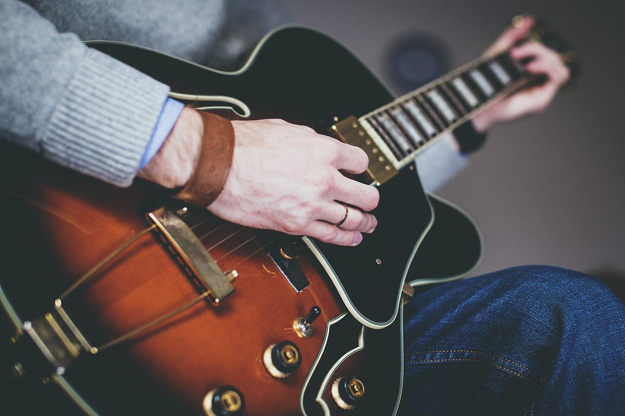 Guitar for Intermediates Messalonskee W19