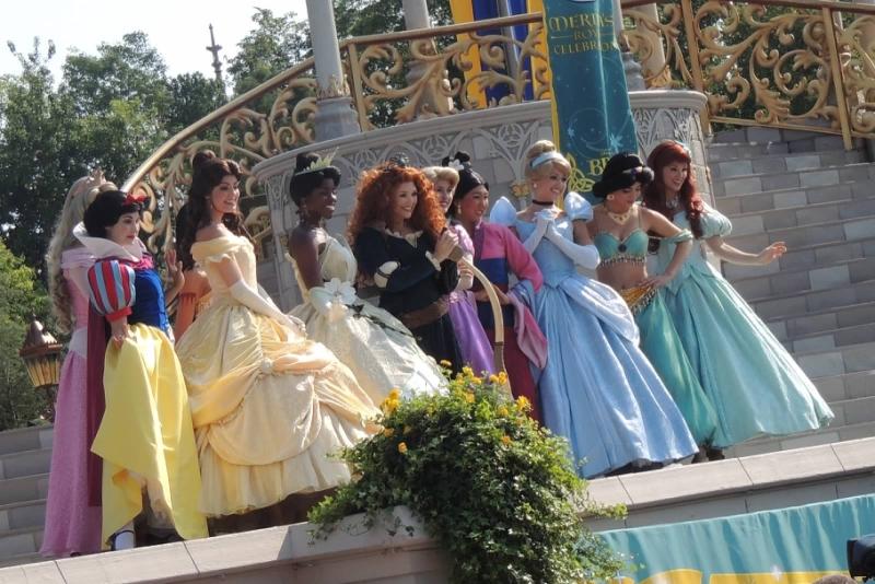 Original source: https://upload.wikimedia.org/wikipedia/commons/2/26/Disney_Princesses_at_Merida%27s_coronation.jpg