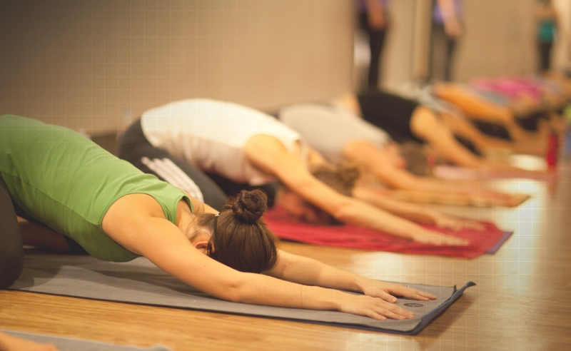 Original source: https://emilymarie.files.wordpress.com/2013/12/yoga-class-childs-pose.jpg