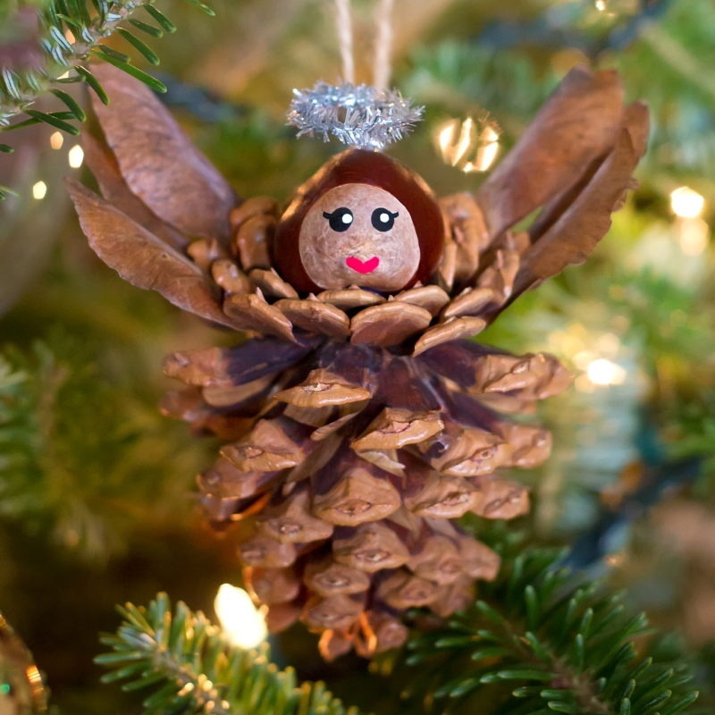 Original source: https://www.firefliesandmudpies.com/wp-content/uploads/Pine-Cone-Angel-Craft-for-Kids-1.jpg