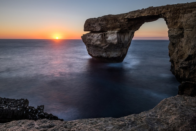 Original source: https://upload.wikimedia.org/wikipedia/commons/thumb/7/75/Sunset_At_The_Azure_Window_San_Lawrenz_Malta_Seascape_Photography_%28201974945%29.jpeg/1280px-Sunset_At_The_Azure_Window_San_Lawrenz_Malta_Seascape_Photography_%28201974945%29.jpeg