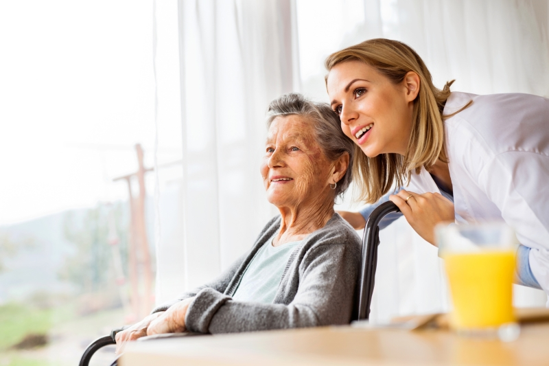 Original source: https://nhncwtttsf-flywheel.netdna-ssl.com/61/wp-content/uploads/sites/92/2019/02/Assisting-Hands-Senior-Home-Care-West-Palm-Beach-FL.jpg