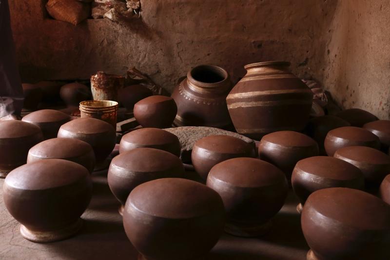 Original source: https://ruralindiaonline.org/media/original_images/1_SJ_A-quarter-million-hours-of-pottery.jpg