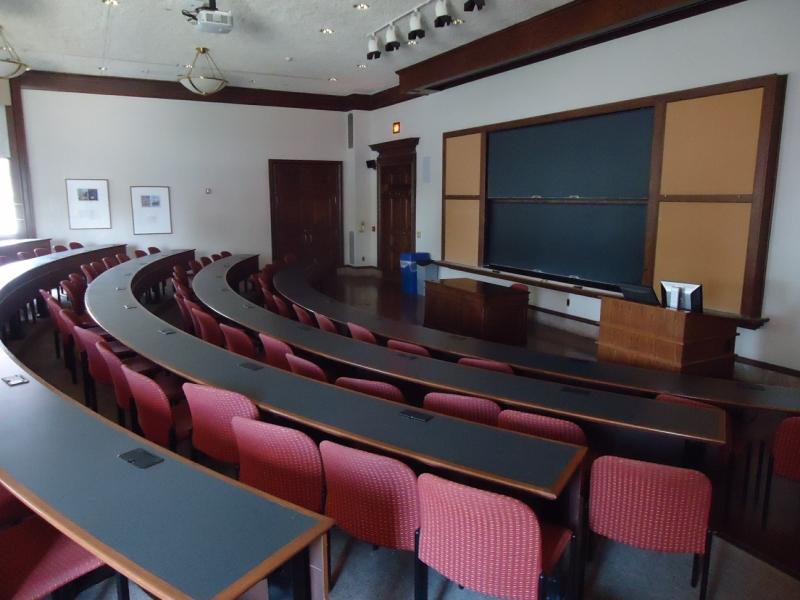 Original source: https://upload.wikimedia.org/wikipedia/commons/6/61/Lafayette_College_Easton_PA_24_lecture_room.jpg