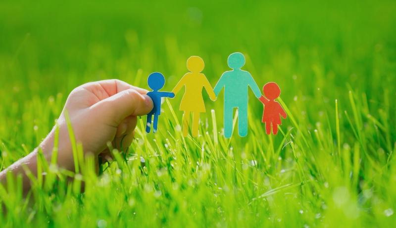 Original source: http://greenlivingideas.com/wp-content/uploads/2015/07/green-parenting.jpg