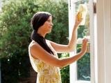 Original source: http://ghk.h-cdn.co/assets/15/26/1600x800/landscape-1435163179-window-cleaning-sunny.jpg
