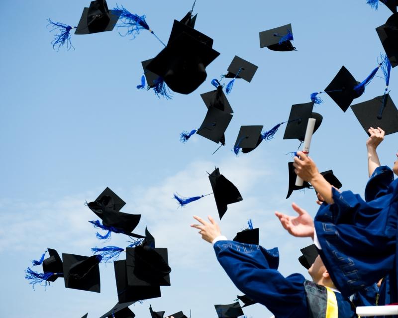 Original source: http://snaap.indiana.edu/databrief/images/graduation-invitation-vs-graduation-announcement.jpg