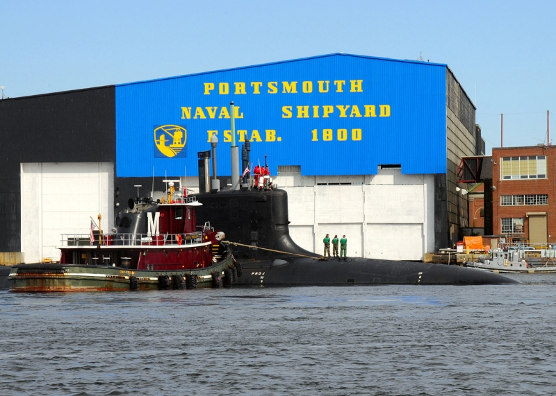 Original source: https://upload.wikimedia.org/wikipedia/commons/thumb/a/ad/US_Navy_081019-N-6553L-174_The_Virginia-class_attack_submarine_USS_New_Hampshire_%28SSN_778%29_is_turned_by_tug_boats.jpg/1280px-US_Navy_081019-N-6553L-174_The_Virginia-class_attack_submarine_USS_N