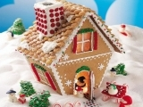 211F19 Gingerbread House