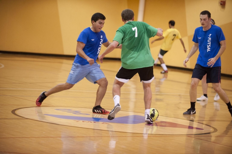 Original source: https://www.annarborymca.org/wp-content/uploads/2015/07/Adult-Futsal.jpg