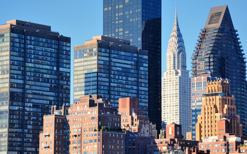 Original source: http://www.holidayinnmanhattanview.com/public_docs/holidayinn-manhattan/gallery/HolidayInn-ManhattanView-17.jpg