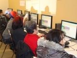 Original source: http://www.buildingskills.org/wp-content/uploads/2011/03/Oakland-Computer-Class-Fall-2010.jpg