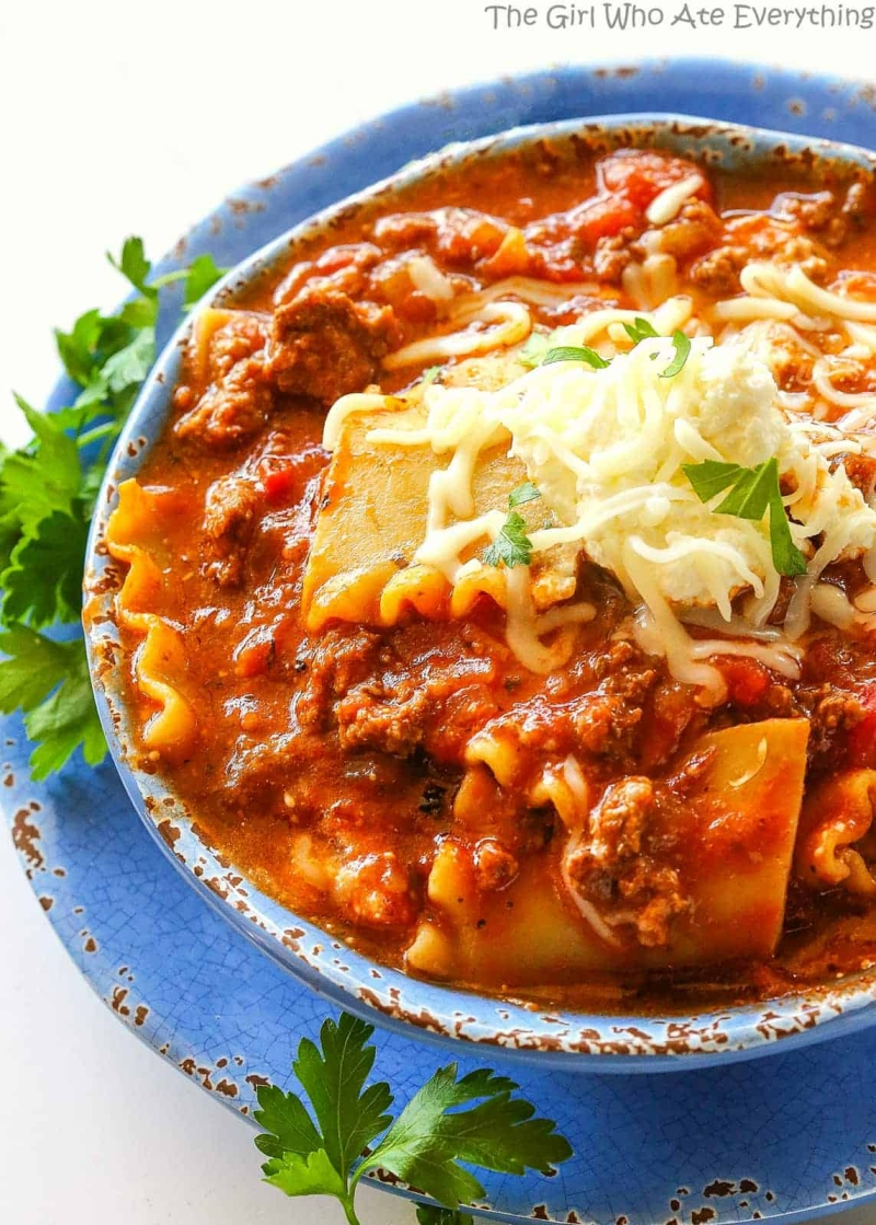 Original source: https://www.the-girl-who-ate-everything.com/wp-content/uploads/2016/02/lasagna-soup-29.jpg