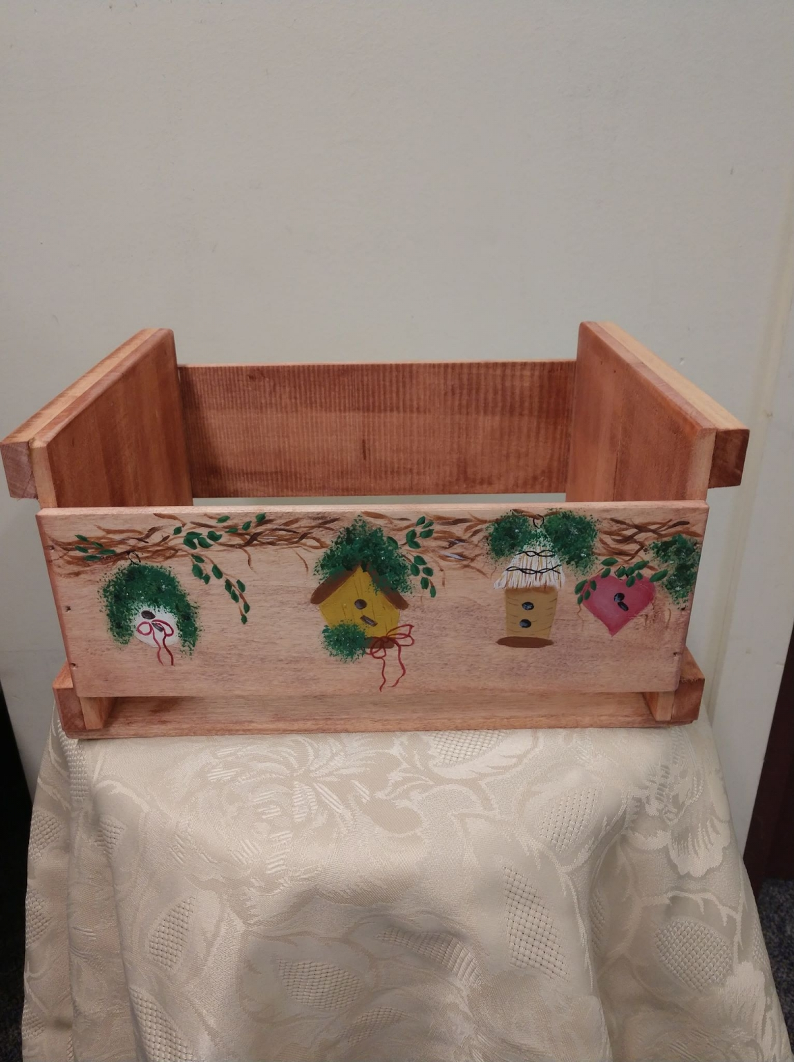 Arts and Crafts with Michelle Rustic Mini Apple Box Spring 2019
