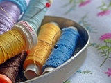 Create an 18th Century-style Hussive (or sewing Kit) - online