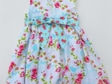 Original source: http://thediymommy.com/wp-content/uploads/2013/03/Vintage-Inspired-Easter-Dress-by-The-DIY-Mommy-7-945x1024.jpg