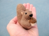 Original source: http://img.loveitsomuch.com/uploads/201502/16/sq/squirrel%20miniature%20%20needle%20felted%20animal%20%20soft%20-%20dolls%20and%20miniatures%20crafts%20for%20kids-f45287.jpg