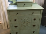 Chalk Paint Your Furniture or Kitchen Cabinets