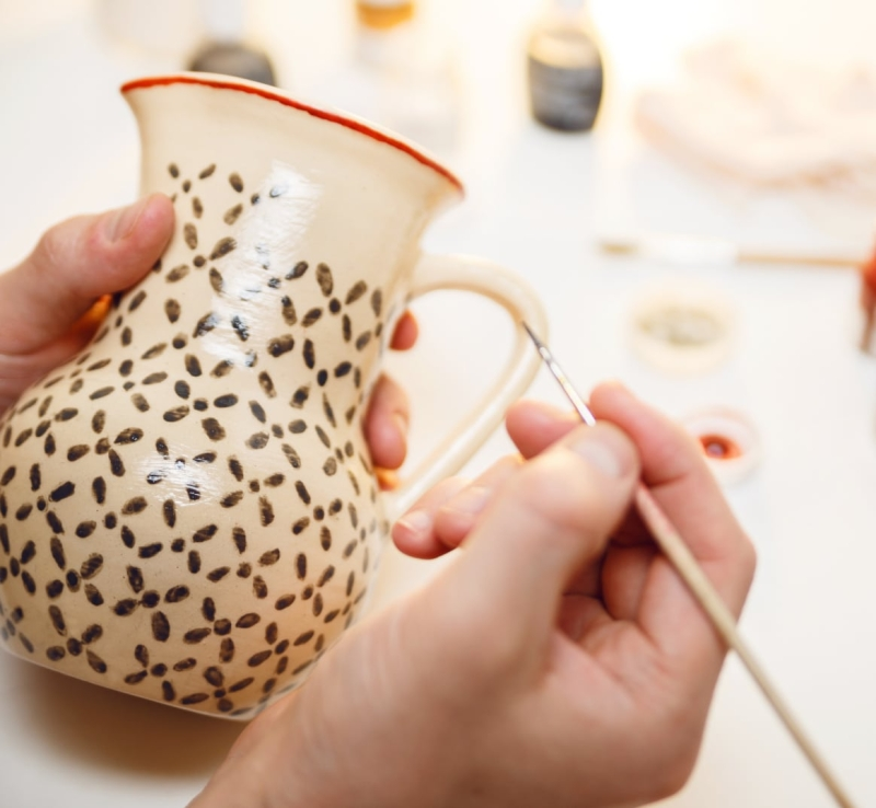 Original source: https://bellaceramicastudio.com/wp-content/uploads/step-1-paint-pottery.jpg
