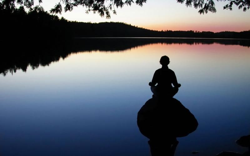 Original source: http://static.communitytable.parade.com/wp-content/uploads/2013/09/yoga-meditation-5-tips-new-frequency-ftr.jpg