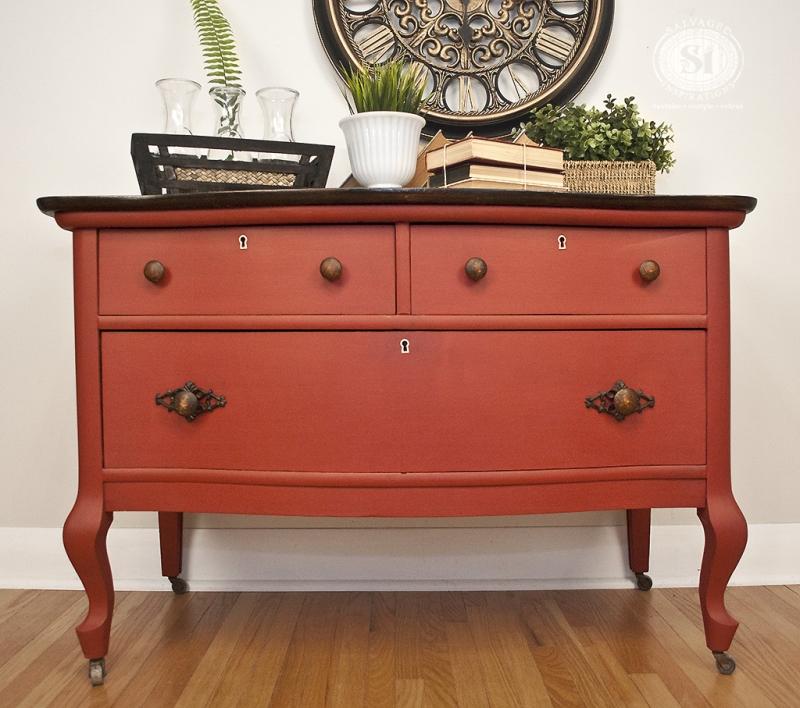 Original source: http://lostworldshow.com/wp-content/uploads/2016/10/Chalk-Paint-for-Furniture-Color.jpg