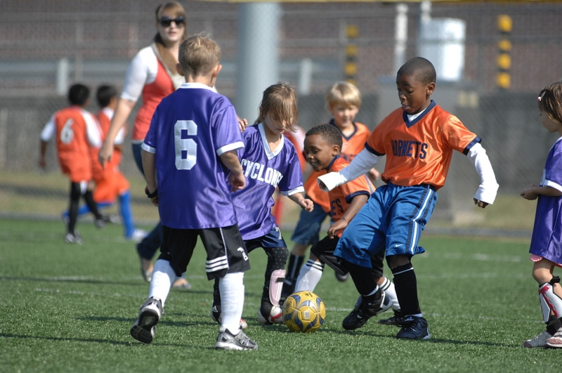 Original source: https://upload.wikimedia.org/wikipedia/commons/thumb/c/c2/Soccer_kids.jpg/1280px-Soccer_kids.jpg