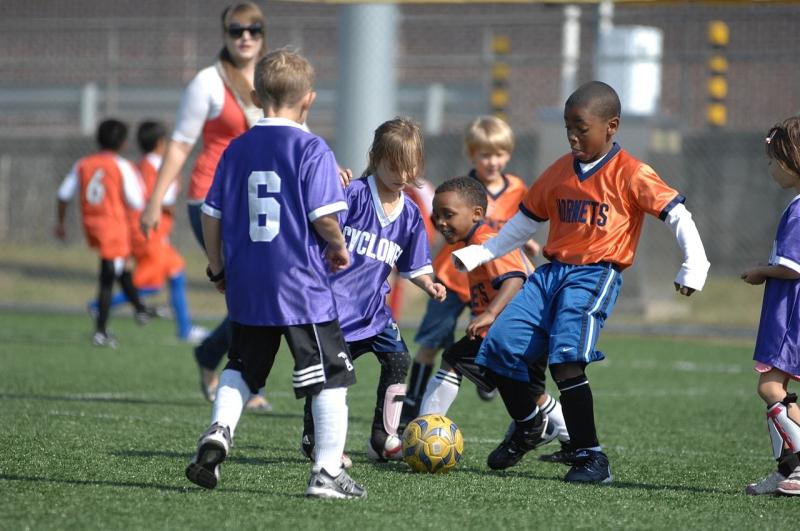 Original source: https://upload.wikimedia.org/wikipedia/commons/thumb/c/c2/Soccer_kids.jpg/1280px-Soccer_kids.jpg
