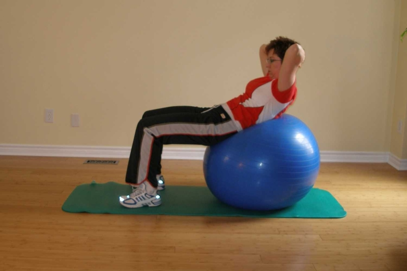Original source: http://www.exercise-ball-exercises.com/images/Supine_15b.jpg