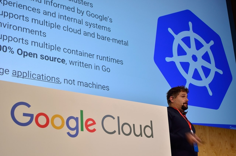 Original source: https://upload.wikimedia.org/wikipedia/commons/thumb/8/8d/GoogleCloudKubernetes.jpg/1280px-GoogleCloudKubernetes.jpg