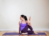 Original source: https://media1.popsugar-assets.com/files/thumbor/RZLs_Bf3ORA81CCdQ3QXSCWBfr0/fit-in/1024x1024/filters:format_auto-!!-:strip_icc-!!-/2013/12/23/739/n/1922729/a64ec7f619e334a3_twist-1600/i/Detox-Yoga-Poses.jpg