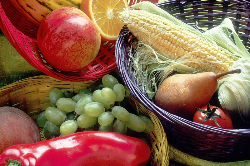 Original source: https://upload.wikimedia.org/wikipedia/commons/thumb/0/09/Fruit_and_vegetables_basket.jpg/1280px-Fruit_and_vegetables_basket.jpg
