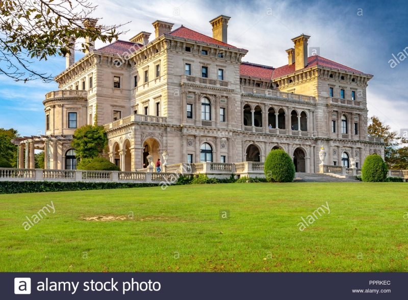 Original source: https://c8.alamy.com/comp/PPRKEC/the-breakers-is-a-vanderbilt-mansion-located-on-ochre-point-avenue-newport-rhode-island-the-breakers-is-the-grandest-of-all-newports-mansions-PPRKEC.jpg