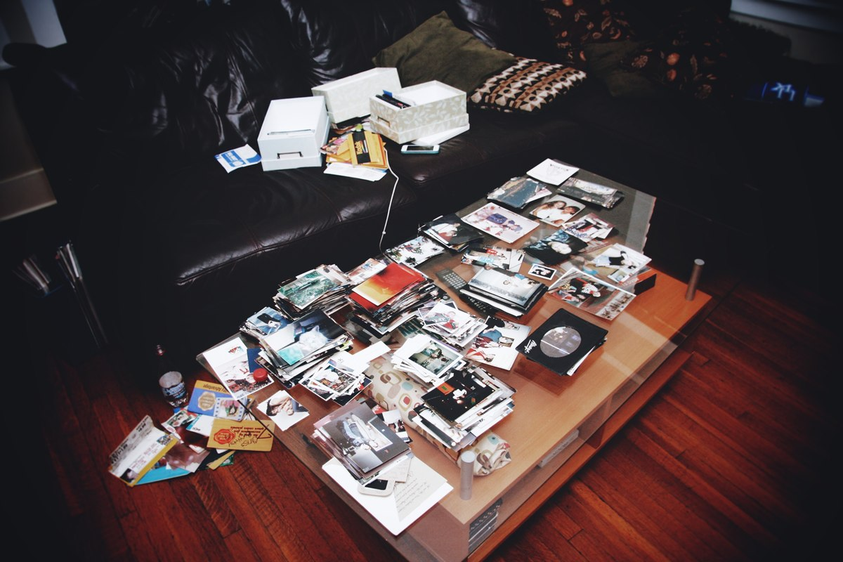 Every Picture Tells A Story: Organizing Photographs