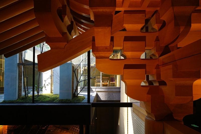 Original source: https://upload.wikimedia.org/wikipedia/commons/thumb/2/27/160312_Takenaka_Carpentry_Tools_Museum_Kobe_Japan07s3.jpg/1280px-160312_Takenaka_Carpentry_Tools_Museum_Kobe_Japan07s3.jpg