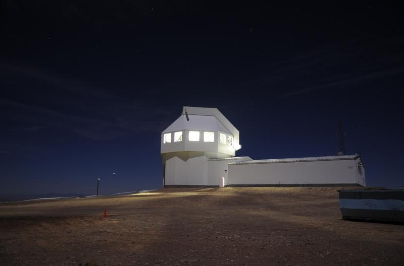 Original source: https://upload.wikimedia.org/wikipedia/commons/7/7b/Space_Surveillance_Telescope.jpg