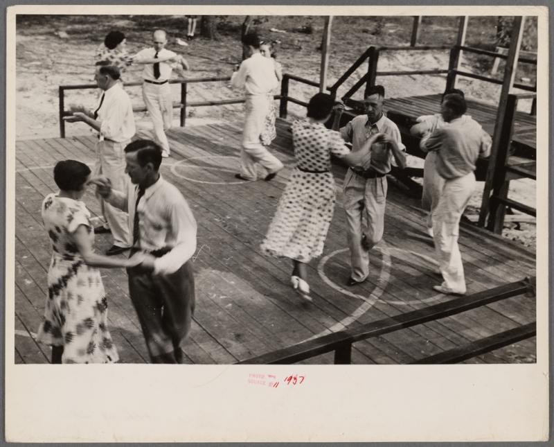 Original source: https://cdn6.picryl.com/photo/1937/12/31/square-dance-skyline-farms-alabama-4e230d-1024.jpg