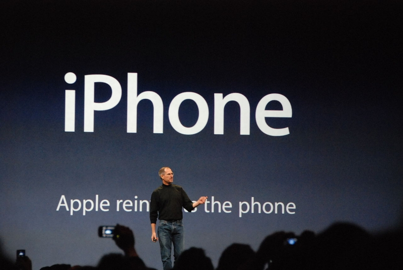 Original source: https://upload.wikimedia.org/wikipedia/commons/thumb/c/c2/Steve_Jobs_presents_iPhone.jpg/1280px-Steve_Jobs_presents_iPhone.jpg