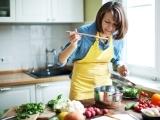 Am I Hungry?® A Mindful Eating Program