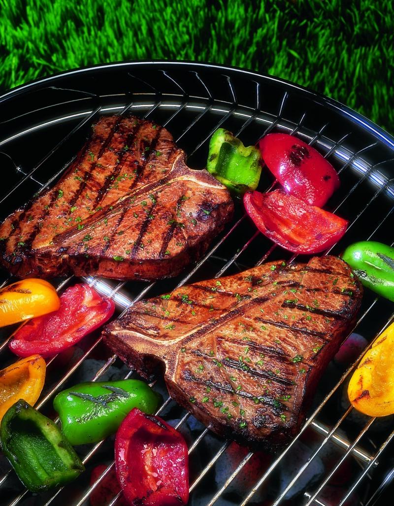 Original source: http://missouribeefcouncil.com/wp-content/uploads/2010/09/Grilled-steak-and-peppers.jpg