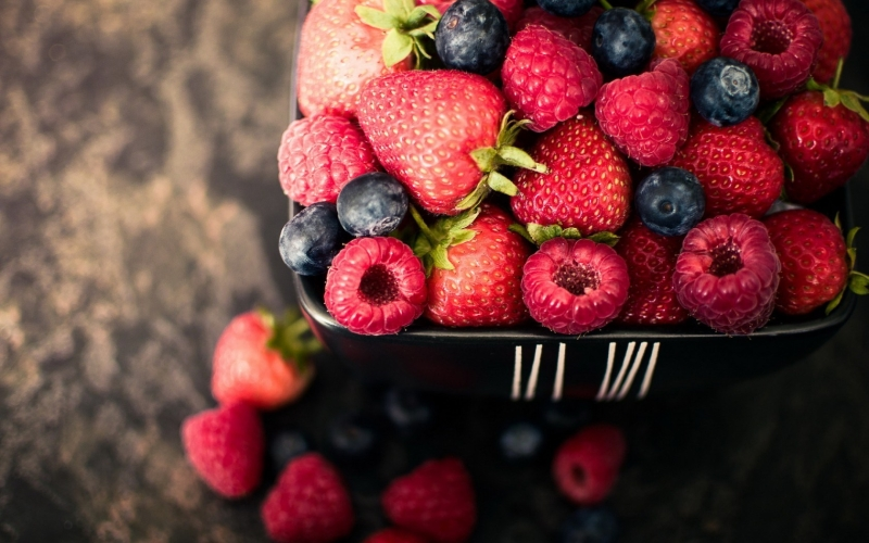 Original source: https://greenblender.com/smoothies/wp-content/uploads/2015/04/berries-summer-widescreen-high-definition-desktop-wallpaper-background-picture-free.jpg