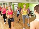 Original source: http://www.thanyapura.com/wp-content/uploads/2017/01/42248951-women-taking-part-in-gym-fitness-class-using-weights-stock-photo.jpg
